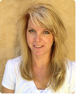 Becky Houghton, Denver Tech Center Hair Stylist